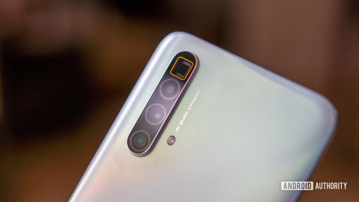 RealmeX3 Superzoom camera module closeup