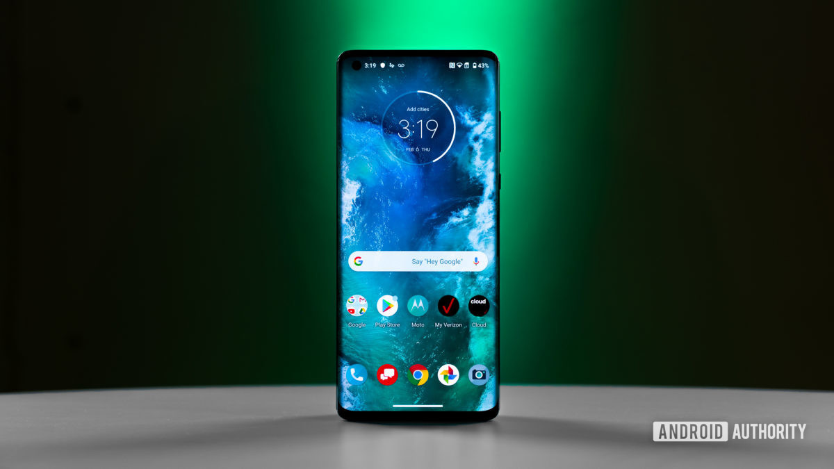 Motorola Edge Screen 1