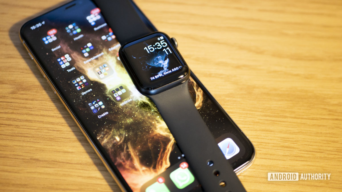 Apple Watch Series 5 vs Android