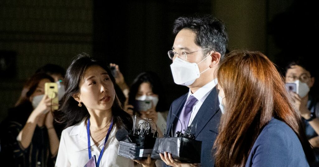 Court denies arrest warrant for Samsung heir