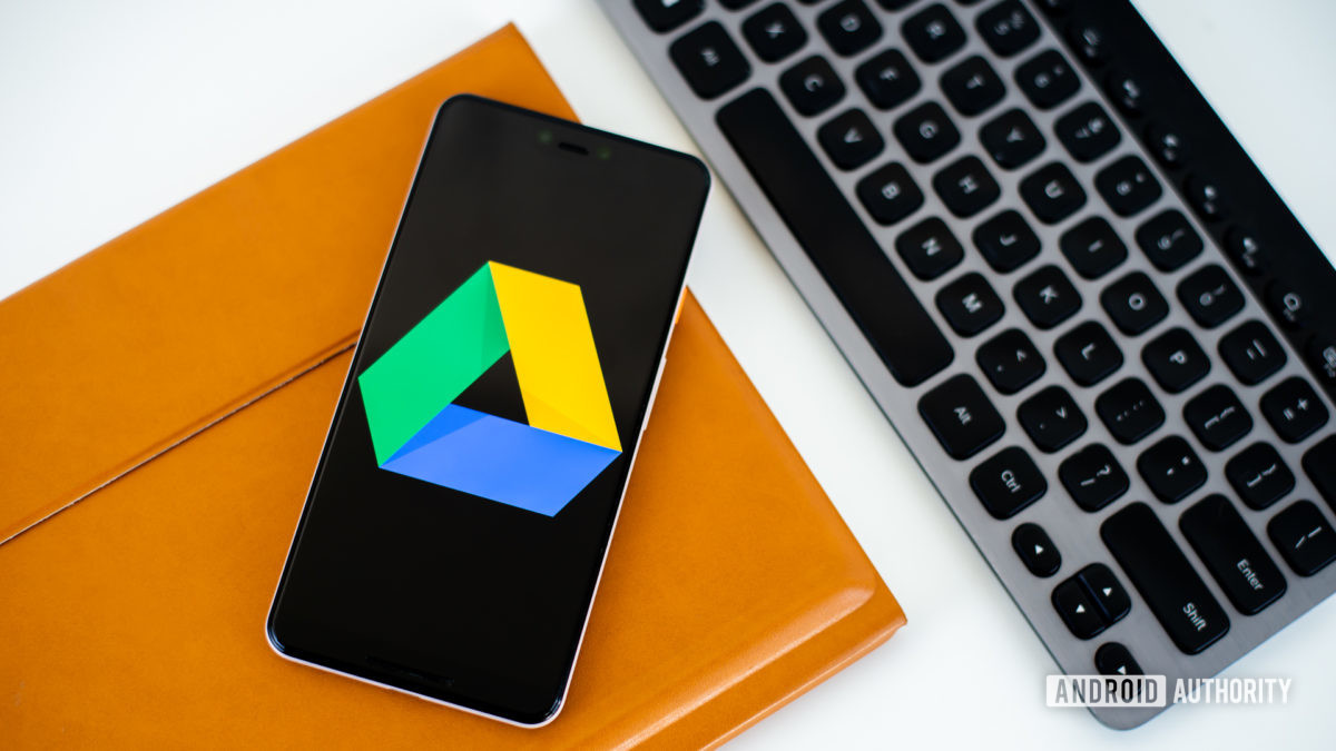 How to use Google Docs featured image - Drive on phone