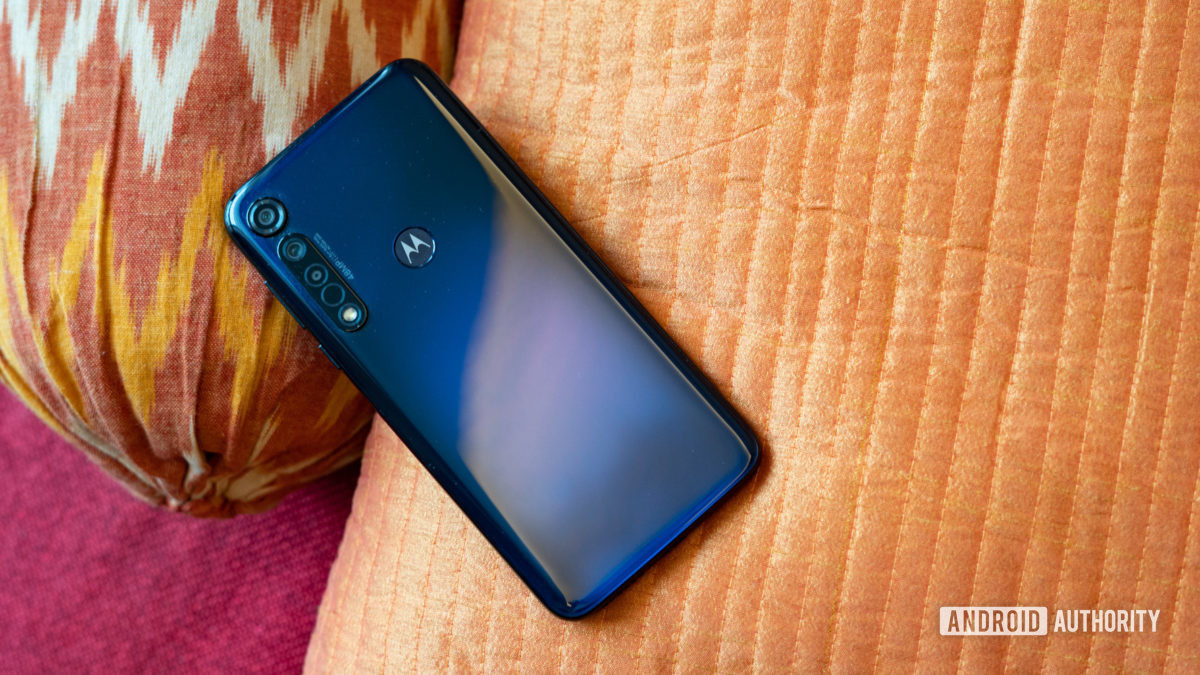 Moto G8 Plus profile show with rear gradient
