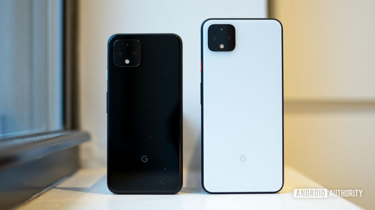 Google Pixel 4 vs Google Pixel 4 XL from the back