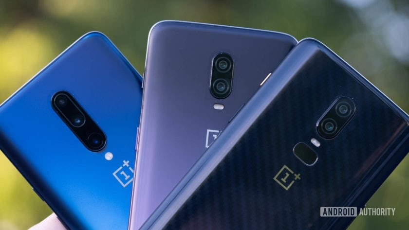 OnePlus 7 Pro vs OnePlus 6T vs OnePlus 6 backs flayed out
