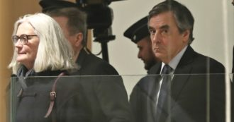 Francia, scandalo dei rimborsi parlamentari: l'ex primo ministro Fillon condannato a 5 anni