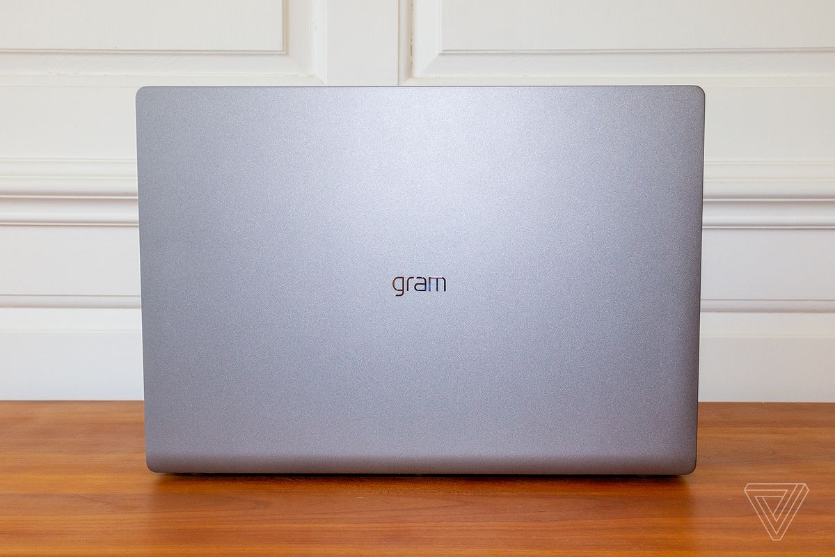 The lid of the LG Gram 17.