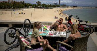 Coronavirus, la Spagna rilancia il turismo in sicurezza: controlli a tappeto e moduli da compilare