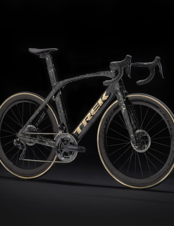 Madone Sweet Gold Leaf ICON Project One
