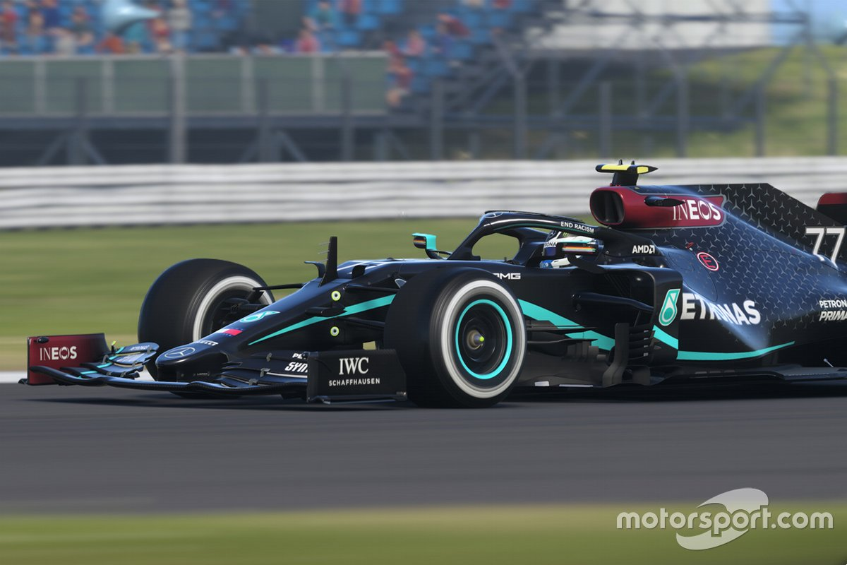 Mercedes F1 eSports car in Black livery