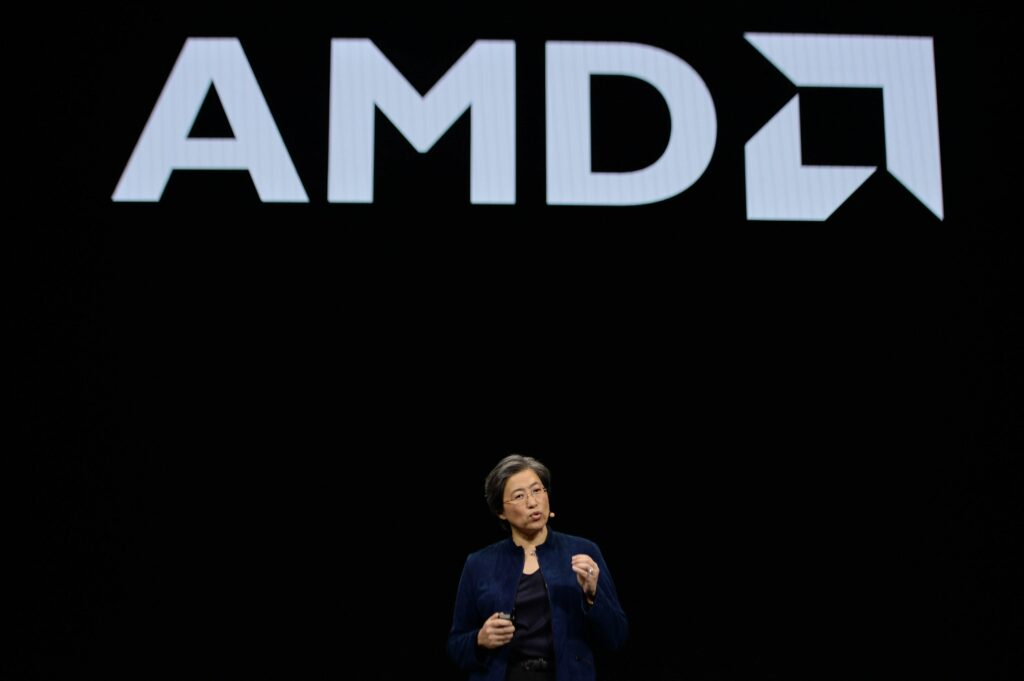 AMD Gives Bullish Forecast, Boosted by Server Chip Sales
