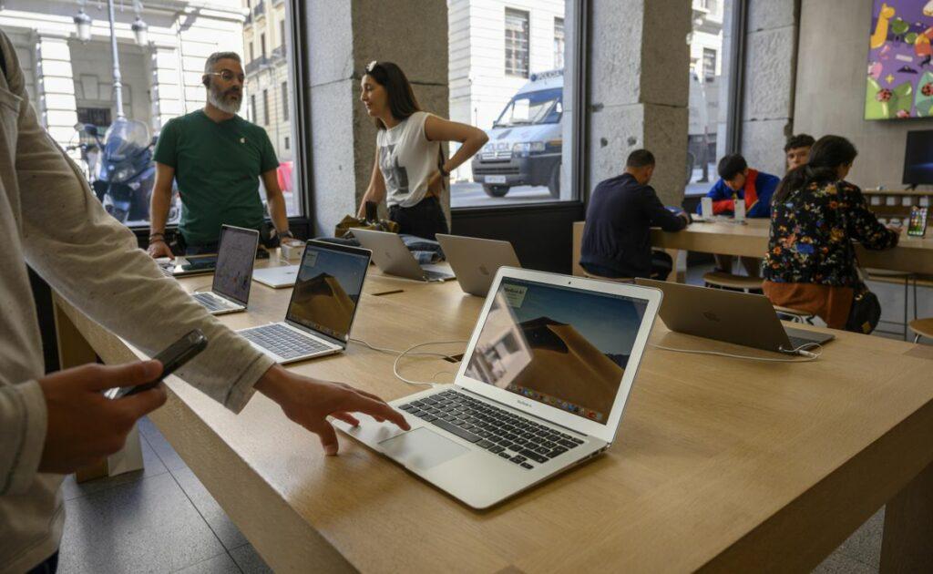 Apple Leak Confirms Stunning New MacBook
