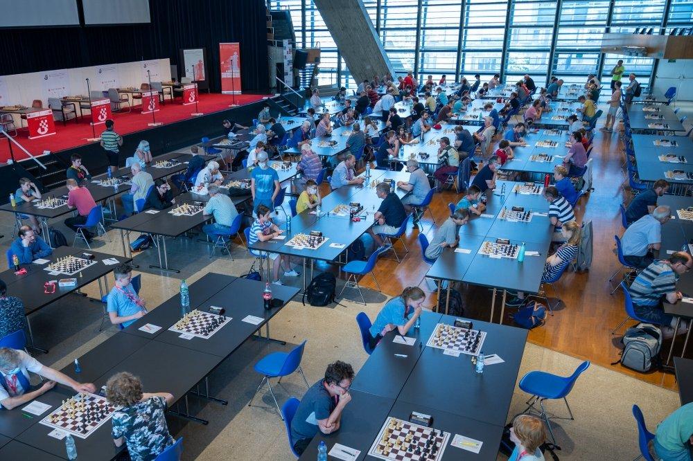 Biel: The Special Corona Amateur Tournament has begun
