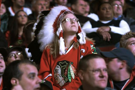 Blackhawks ban Native American headdresses at home games