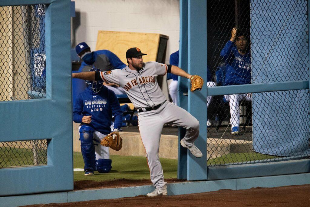 Giants play a crisp game, ride Ruf, Dubon, bullpen to split against Dodgers