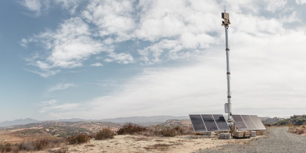 Palmer Luckey's startup will build a 'virtual' border wall
