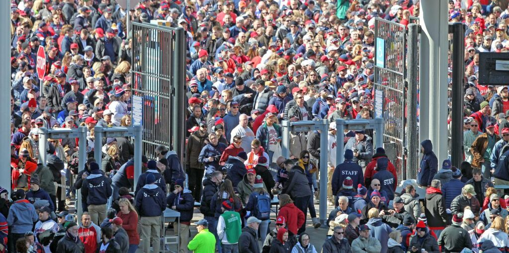 Will Cleveland Indians' fans attend games at Progressive Field in 2020? Hey, Hoynsie