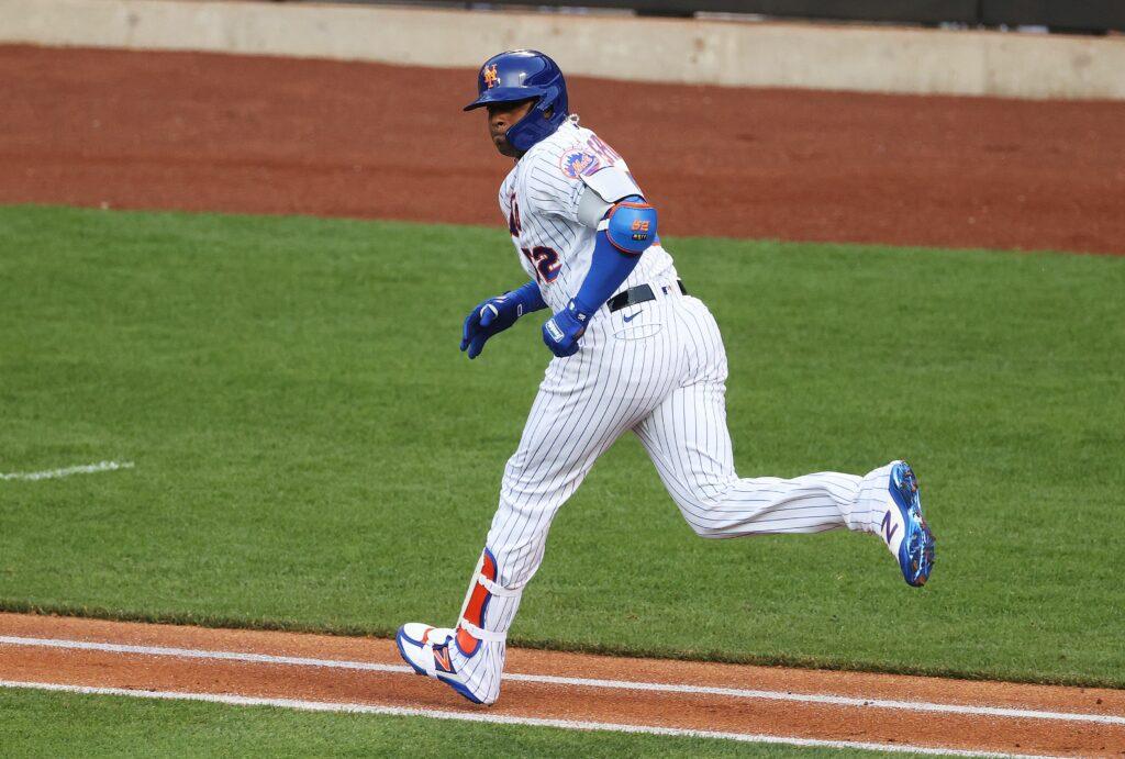 Yoenis Cespedes hits historic home run in Mets return