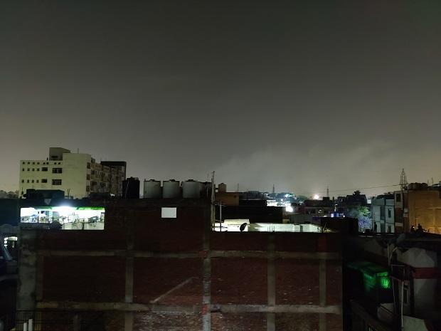 OnePlus Nord camera sample: Lowlight (Auto)