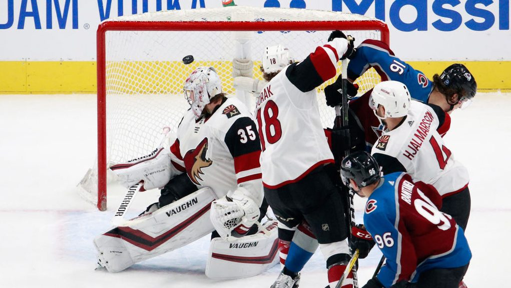 Avalanche eliminate Coyotes Game 5 7-1