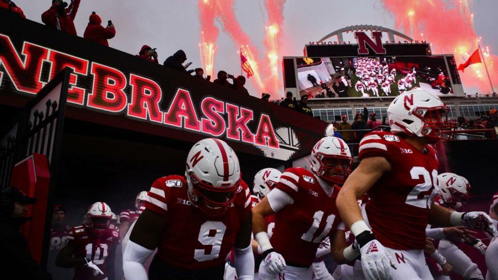 Big Ten going with 10-game conference schedule; Huskers open Sept. 5 at Rutgers | Football