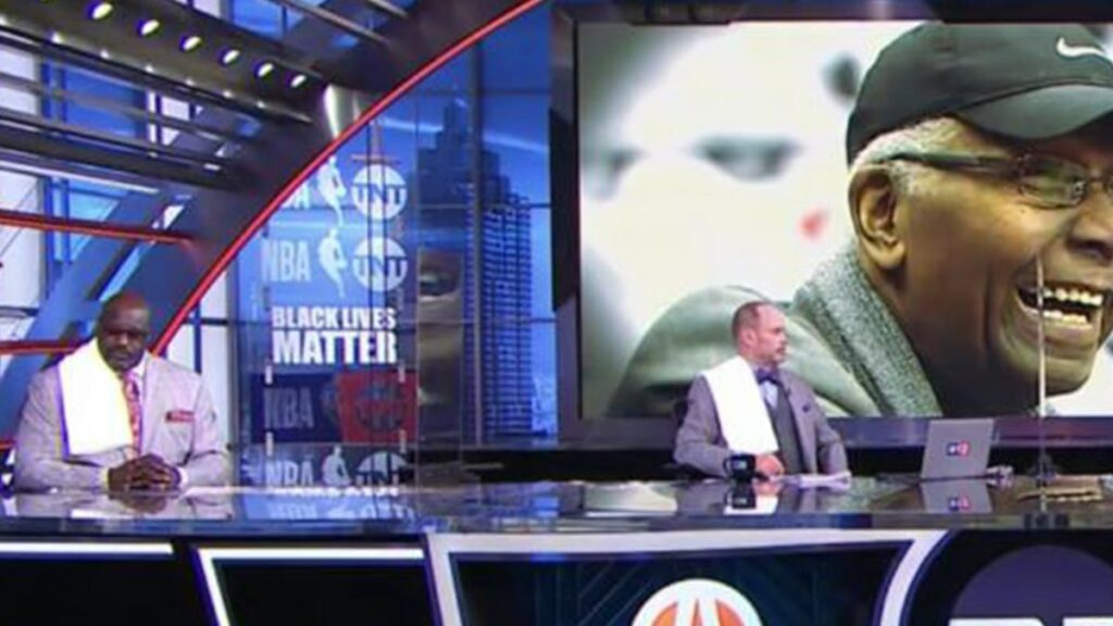 Shaq, Charles Barkley Honor John Thompson with Towel Tribute On 'Inside the NBA'