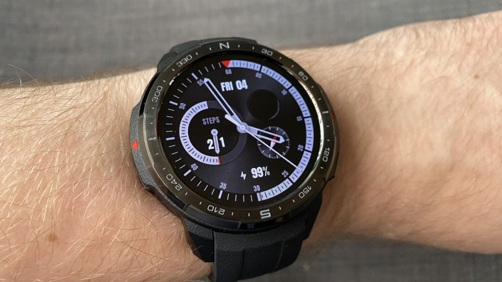 Forget Apple Watch 6: This smartwatch boasts 25 days of battery life