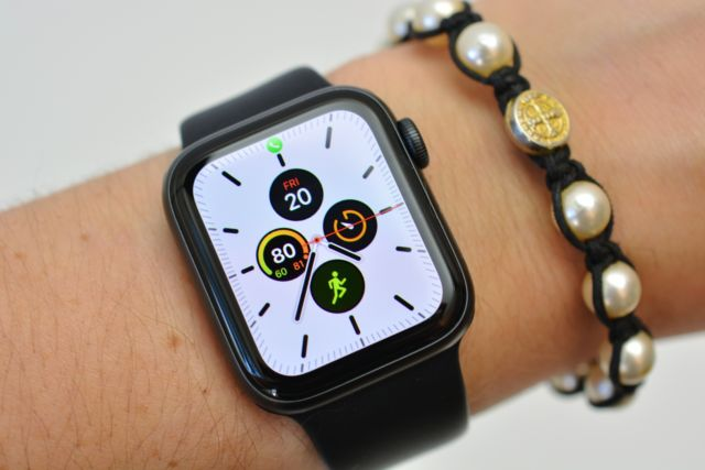 The Apple Watch Series 5 was replaced this week with the new Apple Watch Series 6 and Apple Watch SE, which are now $ 100 cheaper than the former and, unlike the latter, come with an always-on display.