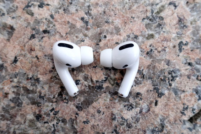 Apple's AirPods Pro are great wireless headphones that can cancel noise.