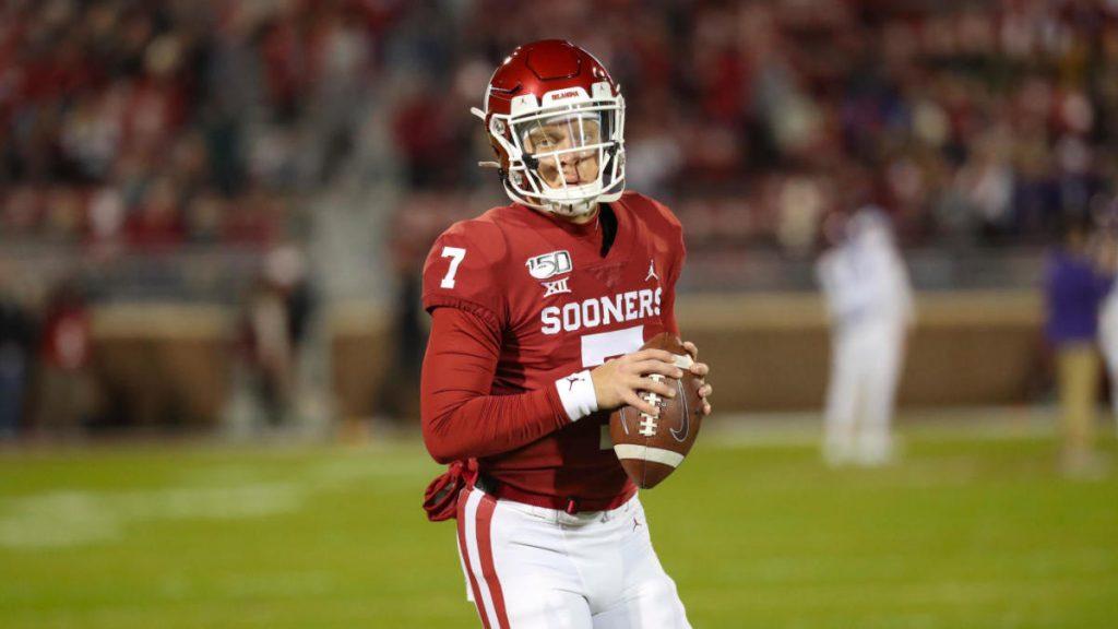 College football score, NCAA Top 25 rankings, schedule, today's match: Texas, Oklahoma Open Season