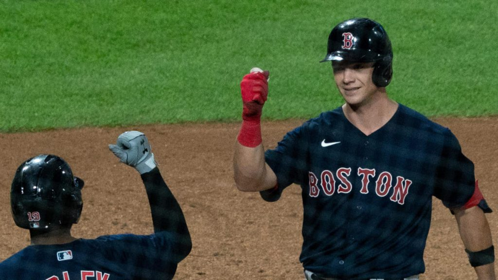 Red Sox rookie Bobby Dall Beck becomes the first player to win five consecutive Homer wins in the first 10 career games