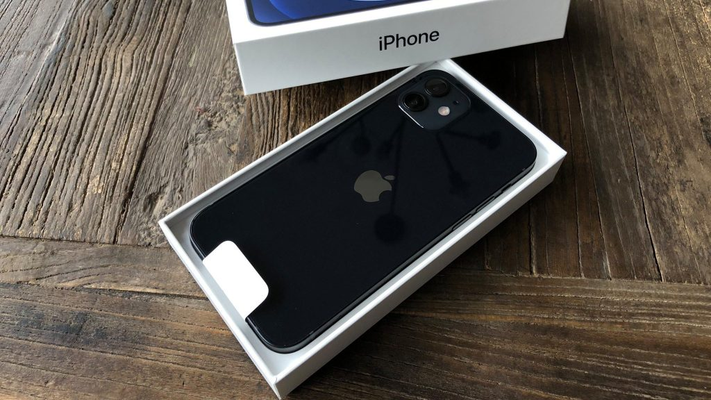 First iPhone 12 and iPhone 12 Pro pre-orders begin to reach customers worldwide