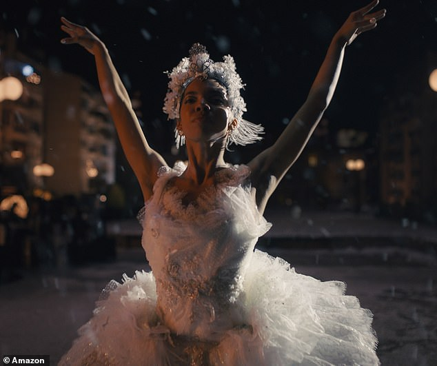 Online giant Amazon has released a heartwarming Christmas ad featuring a ballerina determined to play for her neighbor in the snow after her show was canceled by the Covid-19 crisis.