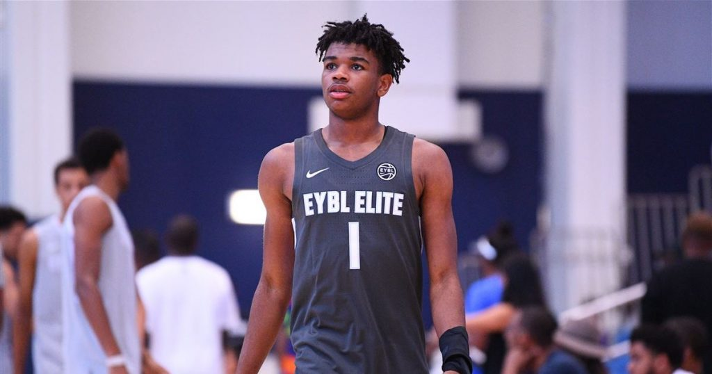 Five-star Jaden Hardy puts a scoring clinic during a video game