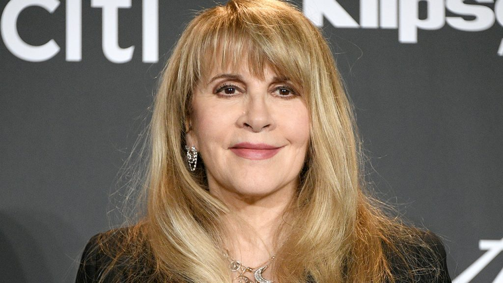 Stevie Nicks, with $ 100 million publishing rights, deals with Primary Wave Music