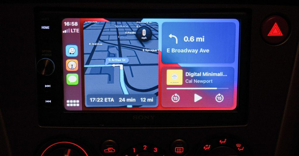 You can now use Waze on the CarPlay home screen instead of switching apps while driving