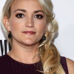 Tesla keeps killing my cat, Jamie Lynn Spears claims