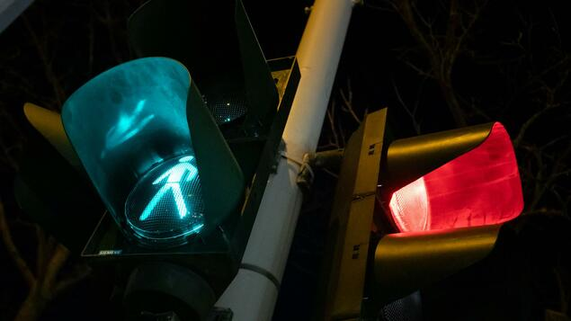 """Keywords for small traffic lights: where the Senate is planning a """"pedestrian requirements light signaling system"""" - Berlin"""