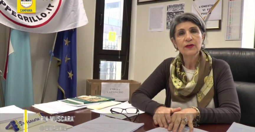 "M5S: ""School, De Luca generates chaos and discharges responsibility in managers"""