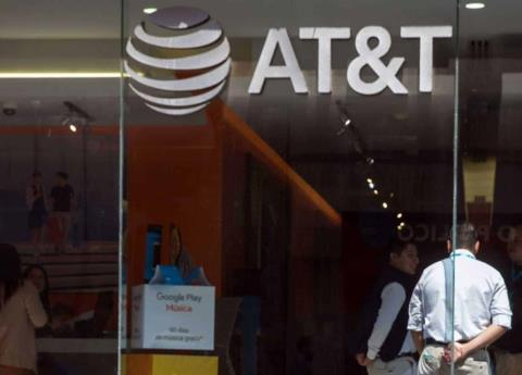 AT&T persists in abusive practices against consumers: Profeco