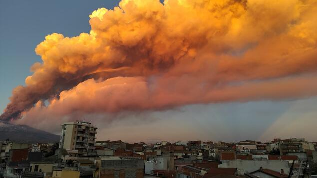 Lava flows provide spectacular images: Etna volcano erupted in Sicily - panorama - society