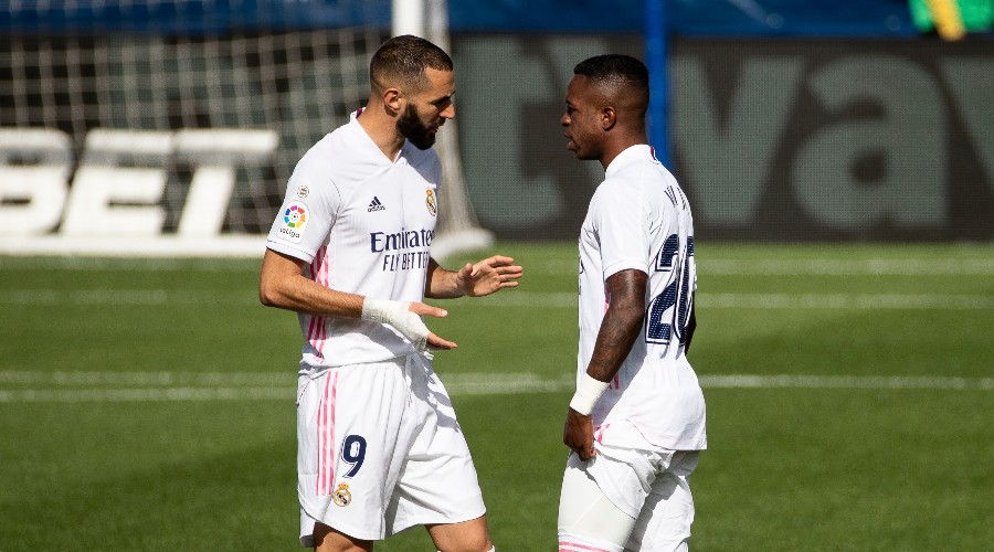 Vinicius calms things down with Benzema