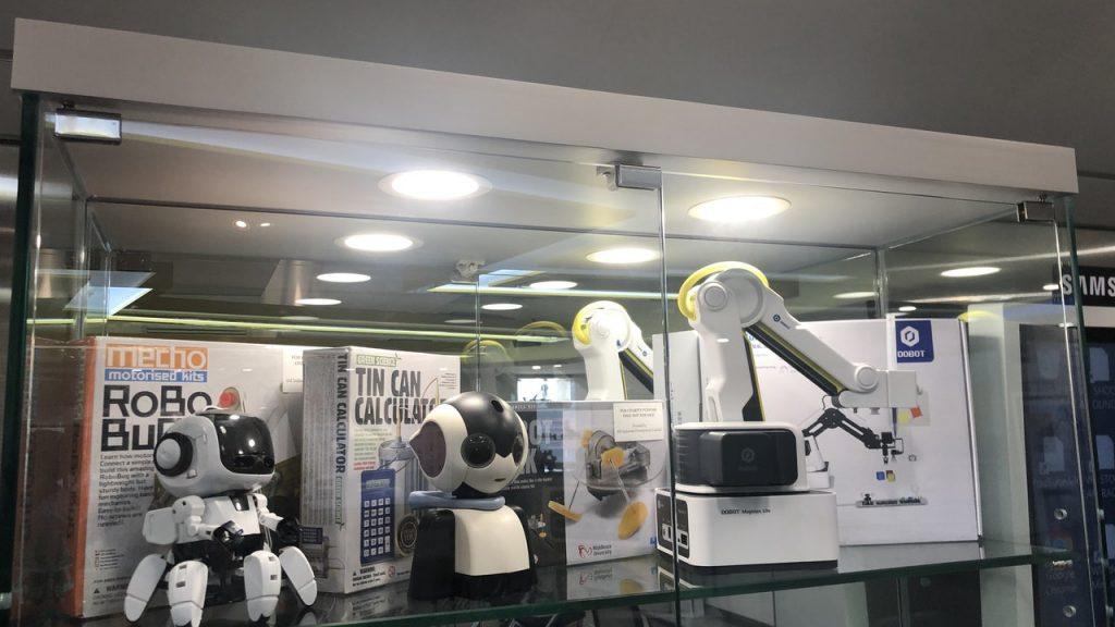 Ho Ming Wah Anglican Missionary High School establishes Hong Kong's first AI Inno High School Laboratory to promote AI applications   Hong Kong 01   Social News