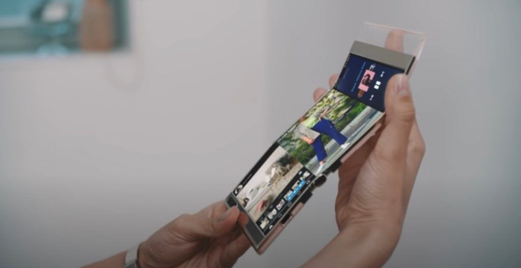 Samsung shows screens for all tastes: there is even one that folds in three |  VIDEO