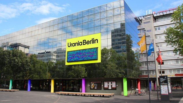 How to build without rent limit: Urania debate with Berlin Urban Development senator Scheel in a live broadcast - Berlin