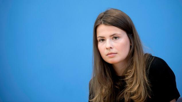"Luisa Neubauer corrects herself: ""I did not say that Mr. Maaßen himself is anti-Semitic"" - politics"