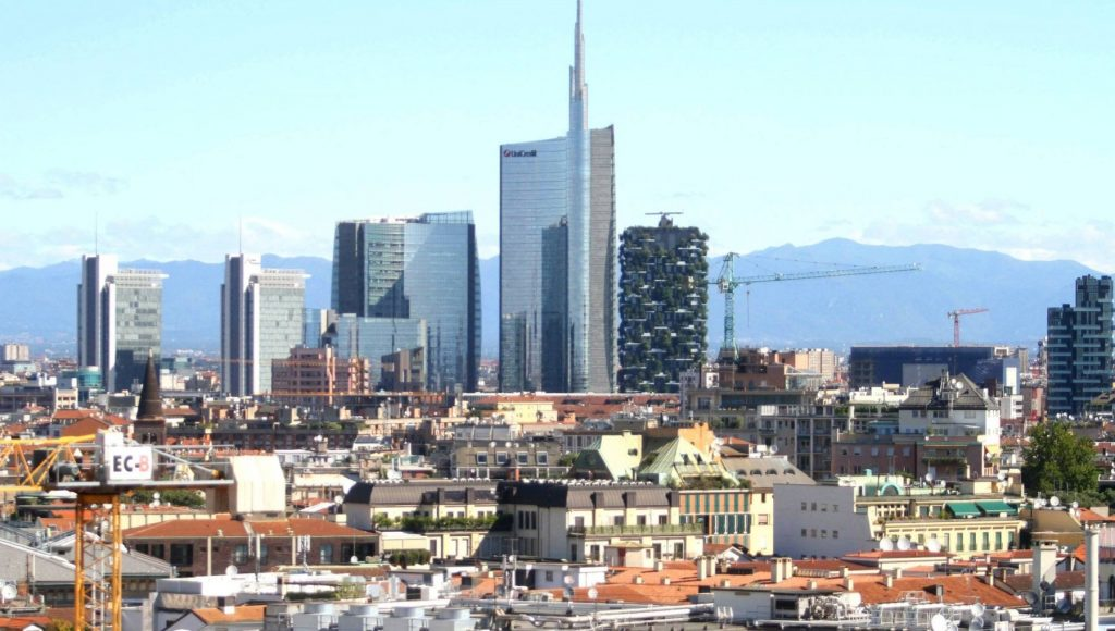 Salaries, Milan continues to reign.  But the burden of confinement falls entirely on the workers.