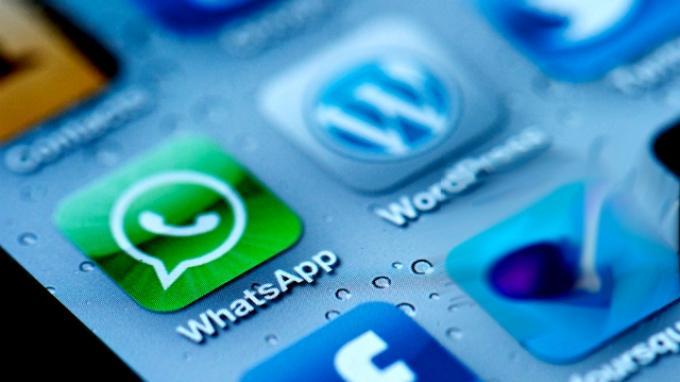 Versi Beta Terbaru, WhatsApp Tambahkan Fitur Peninjau Pesan Suara Sebelum Dikirim