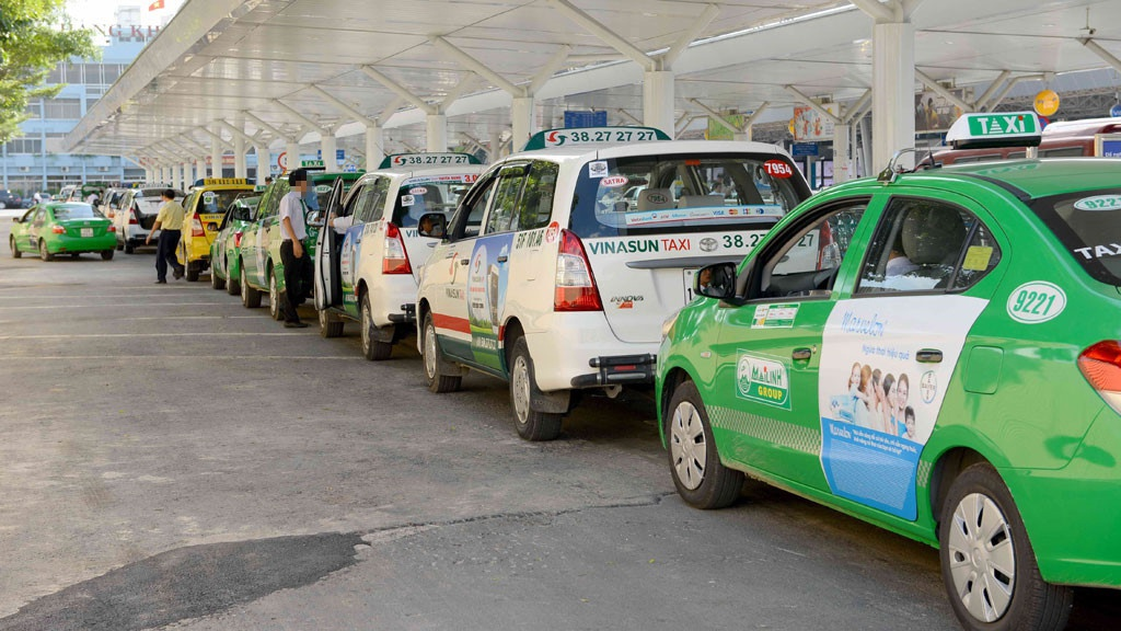 Covid Outbreak in Ho Chi Minh City: Taxi Stand, Tech Taxis;  Driver is concerned about 'non-compliance', is there any support?  |  Life