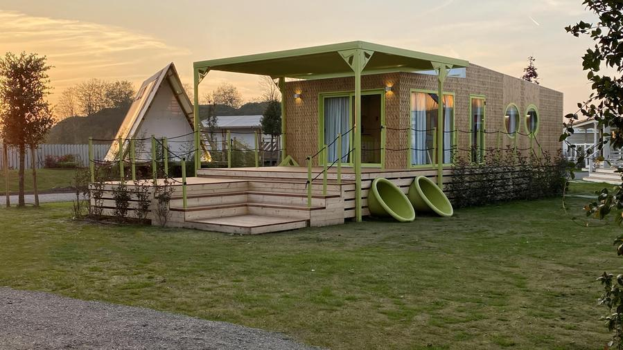 Wonderland, the mobile home embraces sustainability