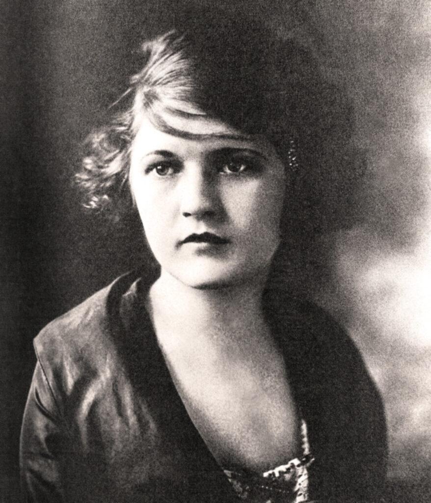 Zelda_Fitzgerald_circa_1919_Retouched
